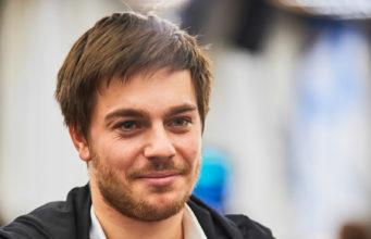 Aleksandre Merzhviskiy chip leader para o Dia 3 do PokerStars Festival Sochi