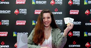 Camila Avelar - Campeã Ladies Event - BSOP Curitiba