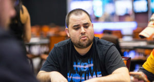 Chris Hunichen campeão do Super High Roller do Caribben Poker Party