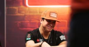 Felipe Mojave - Caribbean Poker Party