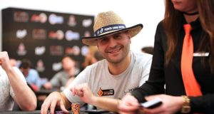 Roberto Romanello - Caribbean Poker Party