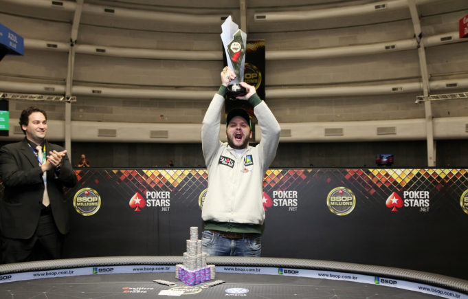 Saulo Sabioni campeão do Main Event do BSOP Millions