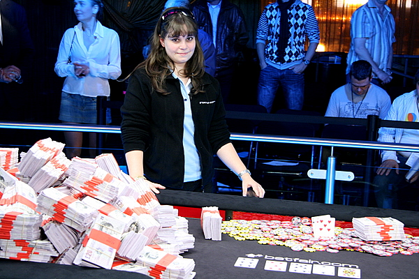 Annette Obrestad - Campeã do Main Event da WSOP Europa