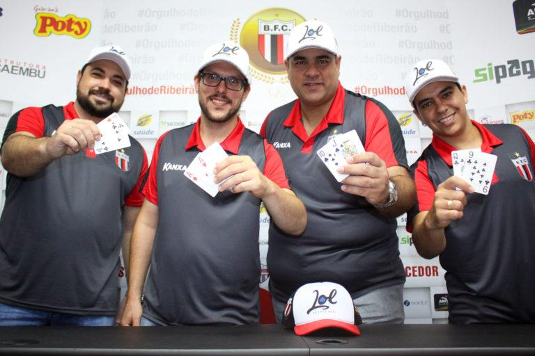 046910c7e6ad4 Time de futebol Botafogo (SP) lança equipe de poker com patrocínio ...