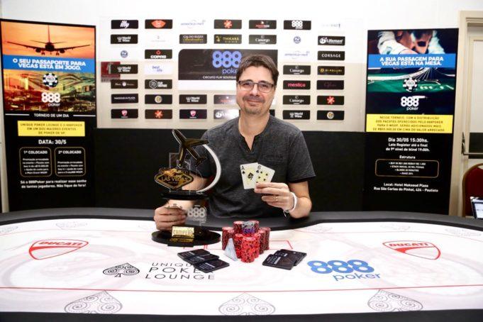 Alexandre Fracari - Campeão Warm Up to Vegas