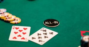 Cartas e fichas - WSOP 2018