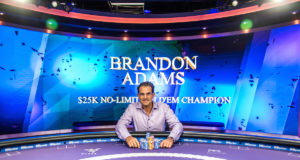 Brandon Adams campeão do Evento #2 do PokerMasters (Foto: PokerCentral)
