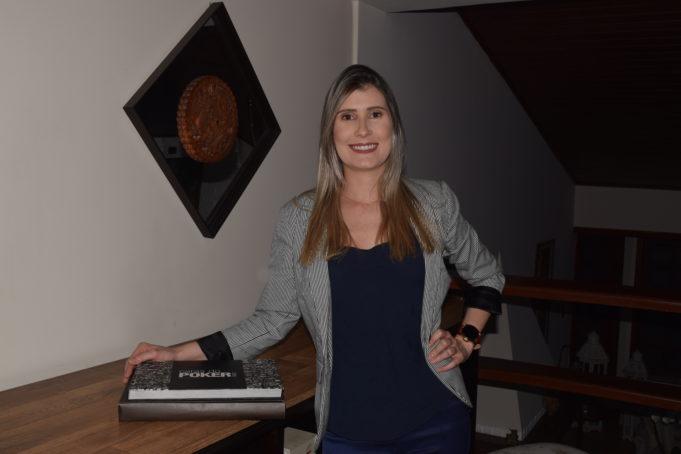 Larissa Buzon gerente de marketing do H2 Club Campinas