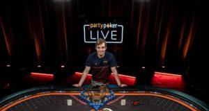 Filipi Oliveira campeão do Main Event do Caribbean Poker Party