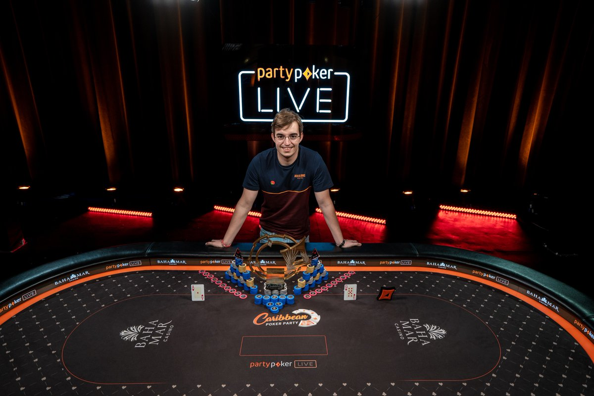 Filipe Oliveira campeão do Main Event do Caribbean Poker Party