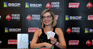 Roberta Cantelli - Campeã Ladies - BSOP Iguazu