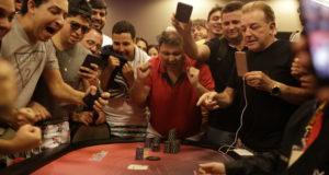 Adriano Iluminado campeão do All in ou Fold do NPS Natal