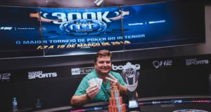 Rodrigo Nikita campeão do Main Event do Interior Poker Fest