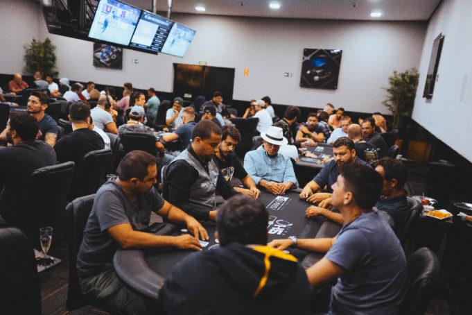 Salão Interior Poker Fest