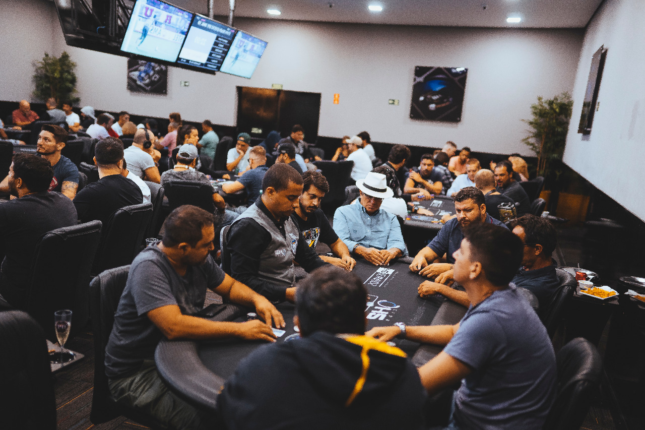 de1df449bc Retorno do Interior Poker Fest lota H2 Club Campinas - SuperPoker