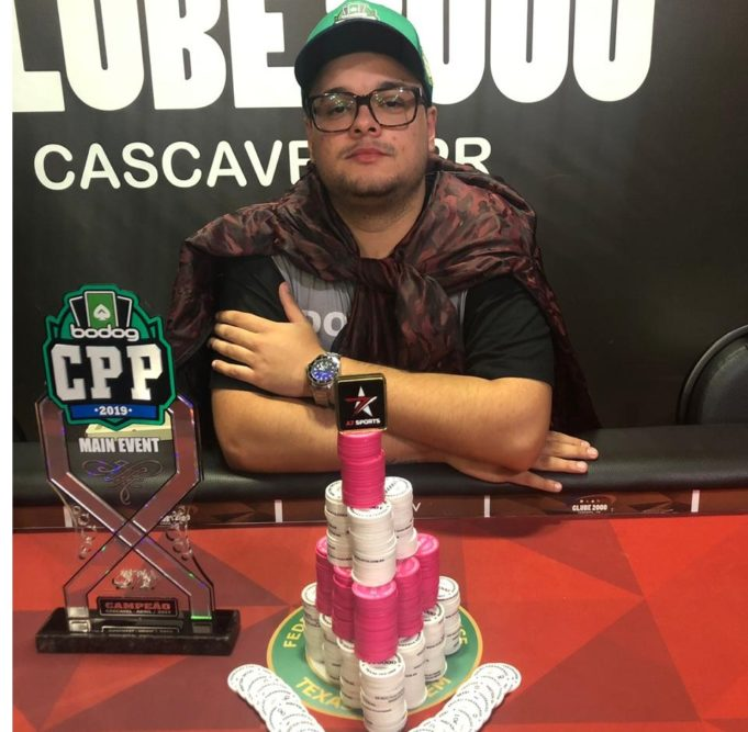 Dylan Morrison campeão do Main Evento do Circuito Paranaense de Poker