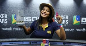 Daniele Feitosa campeã do Ladies Event do BSOP Rio Quente