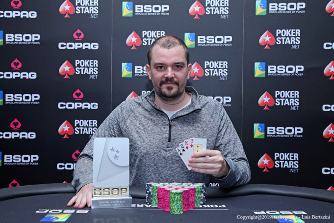 Rafael Caiaffa campeão do Pot-Limit Omaha Turbo Knockout do BSOP Rio Quente
