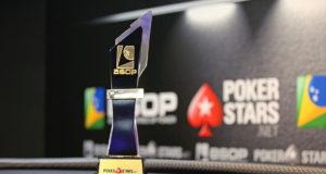 Troféu de campeão do Main Event do BSOP Rio Quente