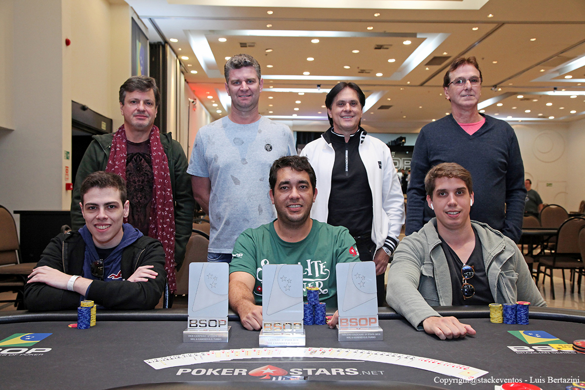 Mesa final do 6-Handed Turbo Knockout do BSOP Gramado