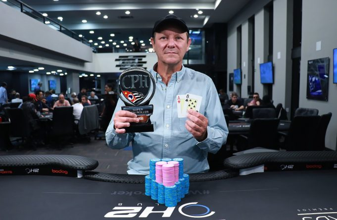 Reinaldo Abramovay campeão do Super High Roller do CPH