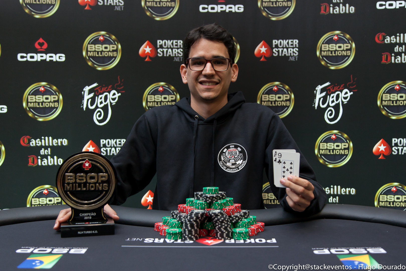 Leandro de Oliveira campeão do Turbo Knockout do BSOP Millions
