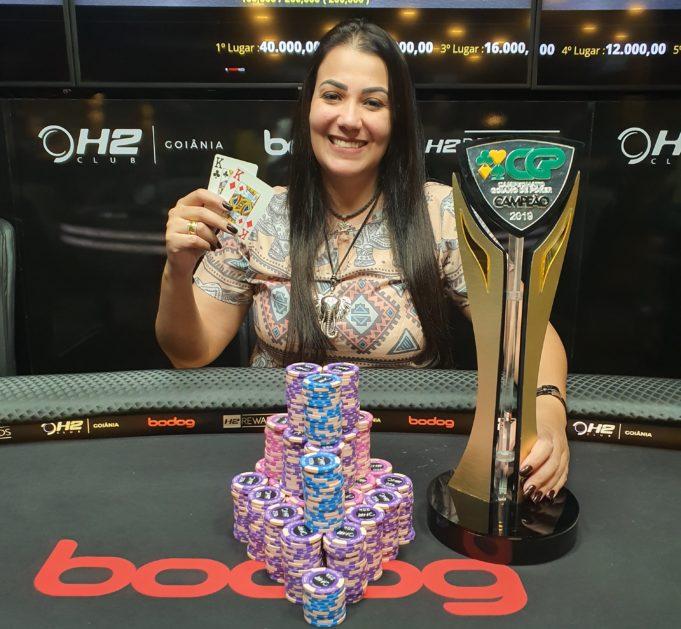 Janna Estrozi - Campeã Campeonato Goiano de Poker