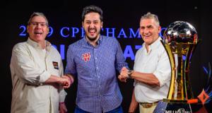 Mike Sexton, Adrian Mateos e John Duthie