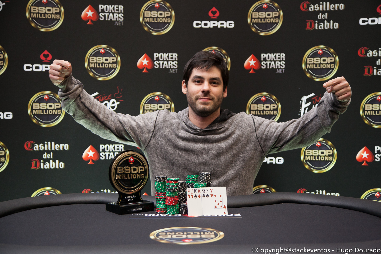 José da Costa Neto campeão do 8-Game do BSOP Millions