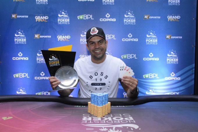 Murilo Soares é campeão do 6-handed do Pot-Limit Omaha do NPS Grand Final