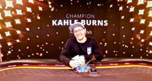 Kahle Burns campeão do Super High Roller do partypoker Millions Reino Unido