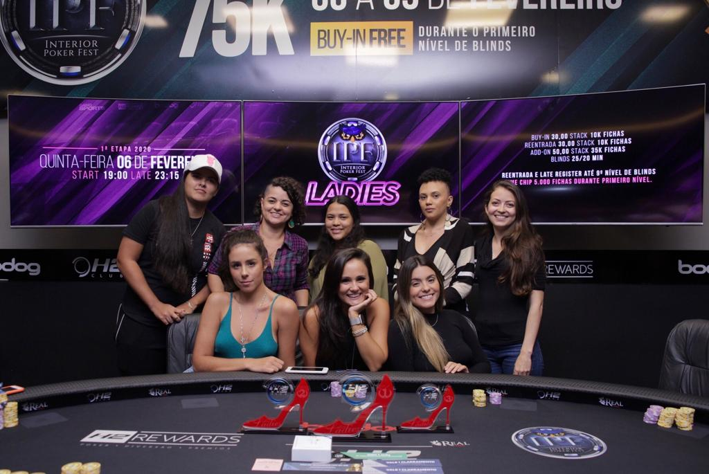 Pódio da primeira etapa da Copa All In Ladies - H2 Club Campinas
