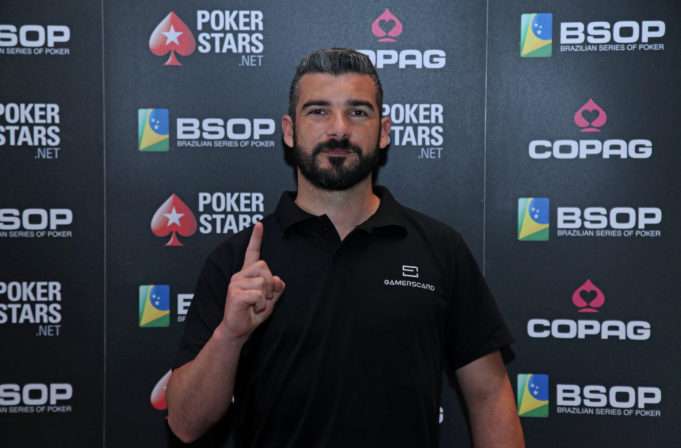 Rodrigo Jacomini campeão do Ranking GamersCard