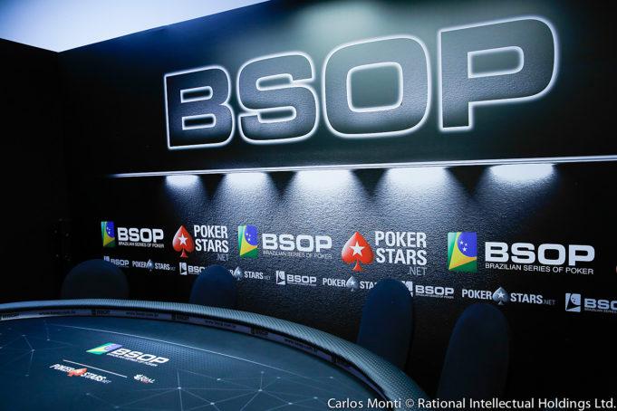 Mesa da TV - BSOP Gramado