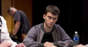 Timofey Kuznetsov puxou um pote de US$ 634 mil com ajuda do baralho