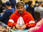 Yuri Martins está entre os cinco maiores stacks (foto: WPT)